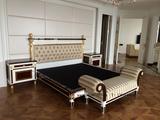 床 床头柜 床尾凳 一套